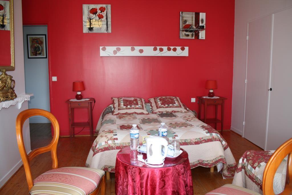 Manoir de Guetteville chambre rouge 2